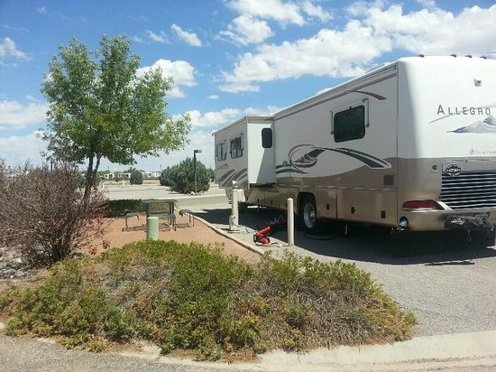 "Hacienda RV Resort: An ""End Suite"" site that keeps you from sharing space with a neighbor."