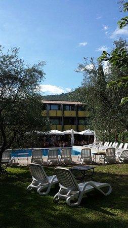 Hotel Palme & Suite: Hotel e piscina
