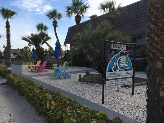 Sabal Palms Inn: Have a sit out front
