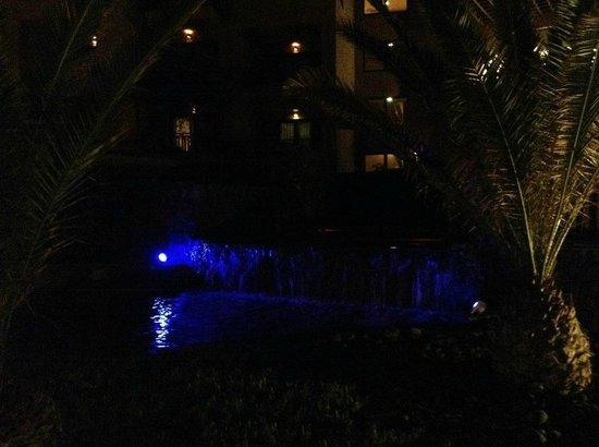 Sandos San Blas Nature Resort & Golf: Piletas con luces lindas