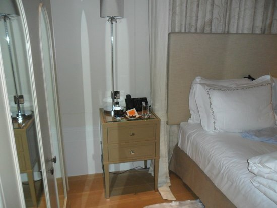 Coworth Park - Dorchester Collection: Bedroom