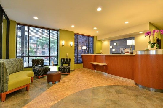 Holiday Inn Express New York - Manhattan West Side: Our team members are thrilled to welcome you