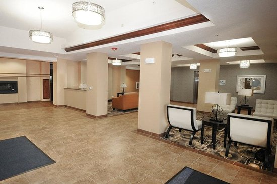 Holiday Inn Express Somerset: Hotel Lobby