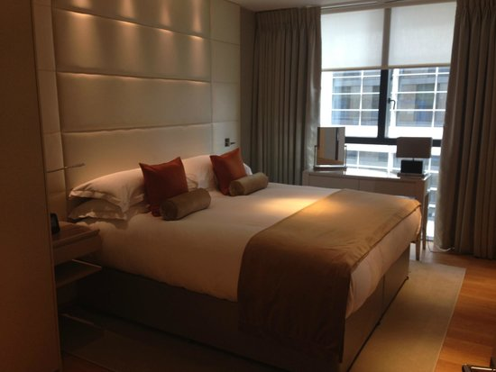 Cheval Three Quays: Bedroom: One Bedroomed Apartment