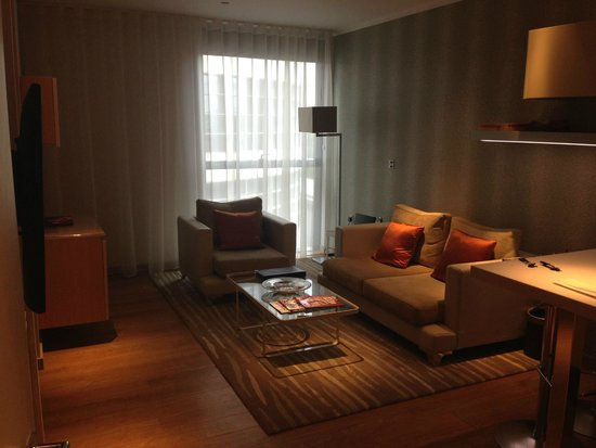 Cheval Three Quays: Living Room One Bedroomed Apartment