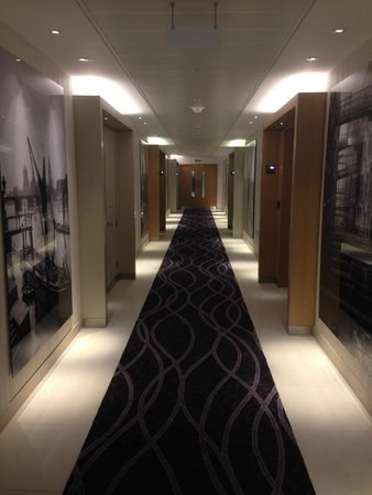 Cheval Three Quays: Corridor