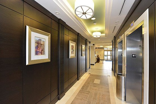 Holiday Inn Express Hotel & Suites Waterloo - St Jacobs: Elevator Lobby