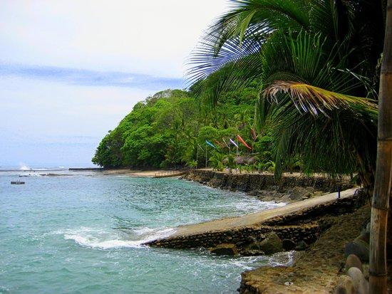 Hotel Villa Caletas: more beach