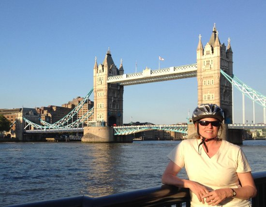 Fat Tire Bike Tours - London: The Tower Bridge