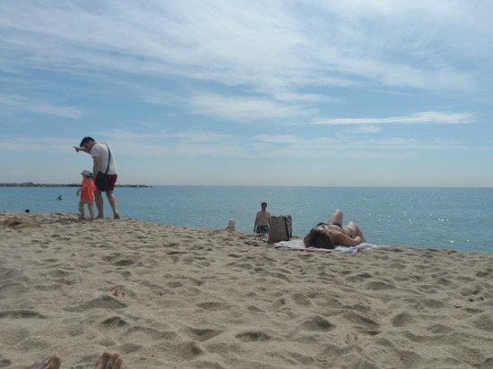Travelodge Barcelona Poblenou : Nearby Beach