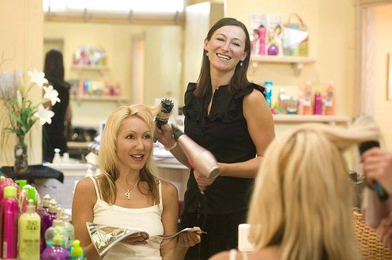 Club Marbella/Regency Palms Crown Resort: Hair salon