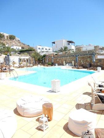 Liostasi Hotel & Suites: la piscine principale