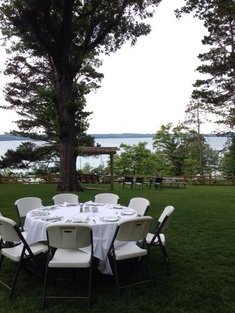 Chimney Corners Resort: Setting up for Friday Night Dinner: overflow table overlooking the lake.