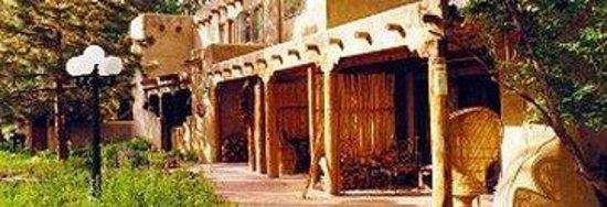 Touchstone Inn: West Entrance