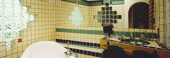Touchstone Inn : Royale Bath