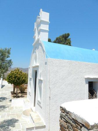 Liostasi Hotel & Suites : petite chapelle à l'hôtel