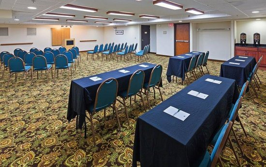 ‪كانتري إن آند سويتس باي كارلسون تولسا سنترال: Country Inn Suites Tulsa Central OK Meeting Room‬