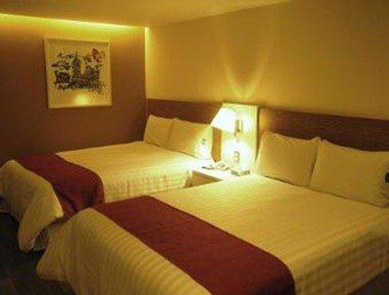 City Express Ciudad de México Alameda: Standard Room - 2 Double Beds