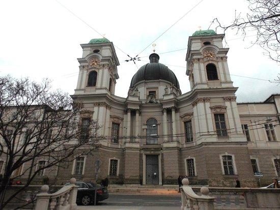 Salzburger Dom: Domkirche Linda