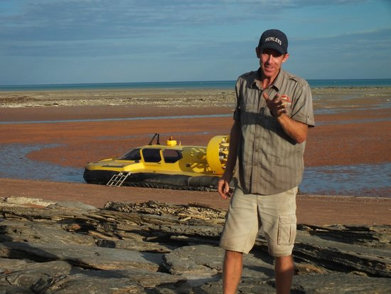 Broome Hovercraft: Miles (tour guide) with hovercraft on mud flats