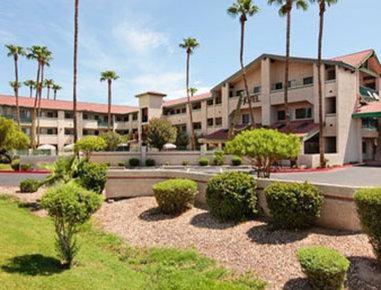 Days Inn & Suites Tempe: Welcome To Days Inn and Suites Tempe