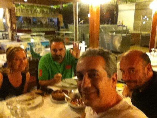 Kazim Usta Restaurant : Old friends in our favourite fish restaurant in Kusadasi