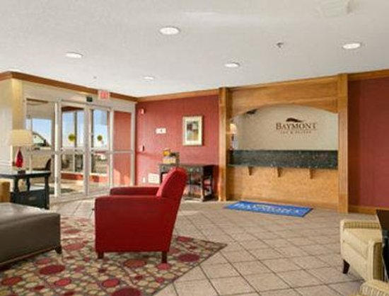 Baymont Inn & Suites Evansville North/Haubstadt: Lobby