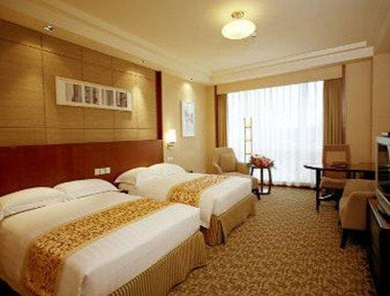 Ramada Beijing North: Superior Twin Room