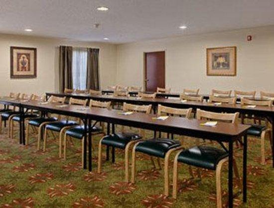 Days Inn Shallotte: Meeting Room