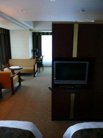 Kyoto Hotel Okura: Deluxe Corner Room