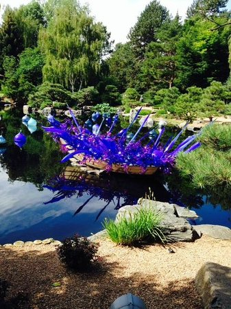 Denver Botanic Gardens: Float in the pond