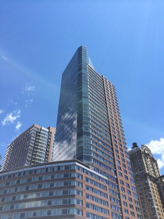 The Ritz-Carlton New York, Battery Park: view looking up at hotel