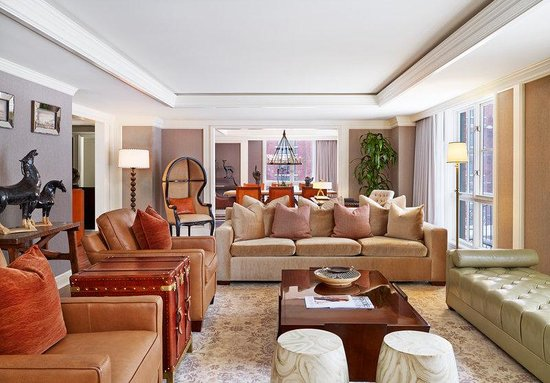The St. Regis Aspen Resort: Aspen Mountain Suite - Living Room