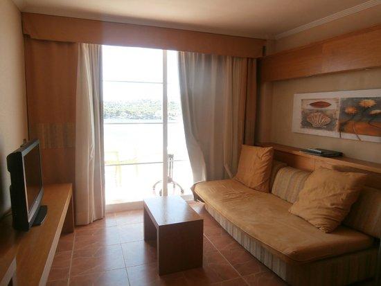 IBEROSTAR Jardin del Sol Suites: lounge area