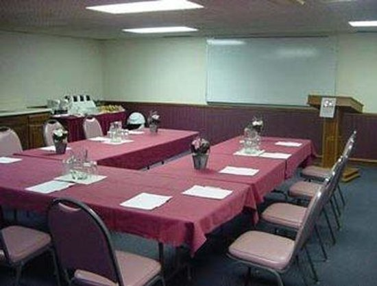 Knights Inn & Suites South Sioux City: Meeting Room