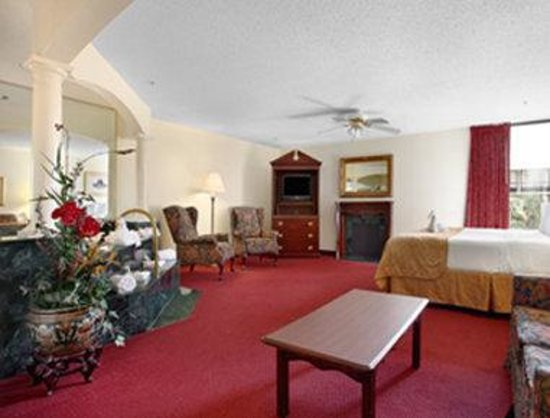 Altamonte Hotel and Suites: Jacuzzi Suite