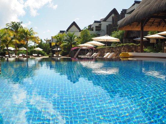 Angsana Balaclava Mauritius: Pool area