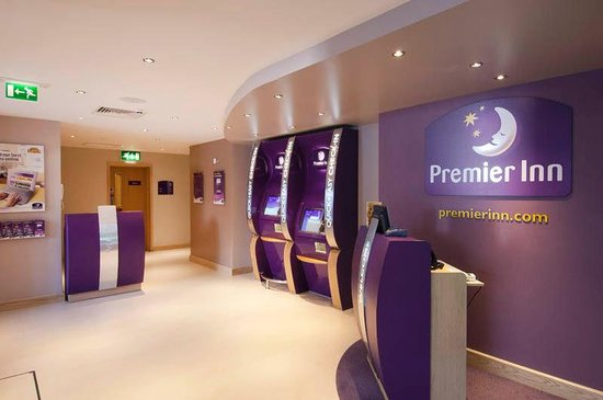 Premier Inn London Angel Islington Hotel: Reception
