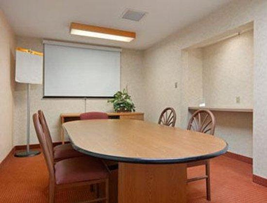 Days Inn Olathe Medical Center: Meeting Room