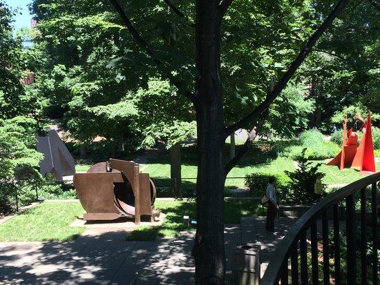Baltimore Museum of Art: The lovely sculpture garden