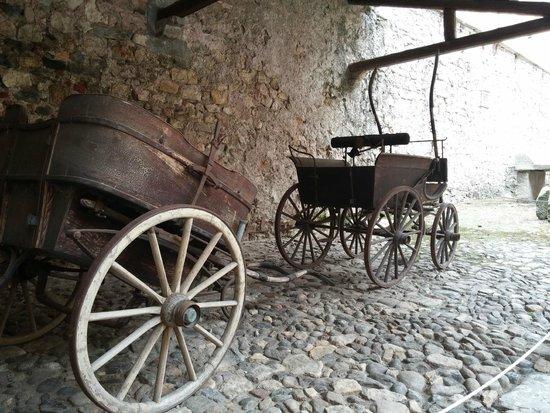 Rocca di Angera: Cortile