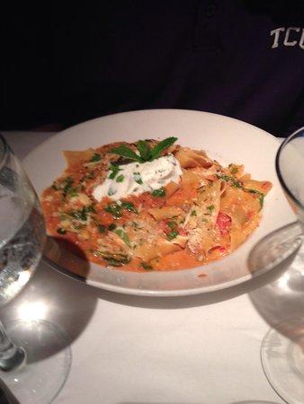 Pazzo! Italian Cafe : Pappardelle Ragu alla Bolognese