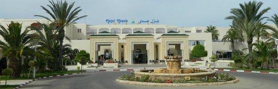 Houda Golf and Beach Club : Hotel entrance
