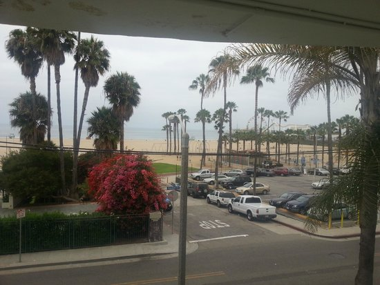 Loews Santa Monica Beach Hotel : View from our room