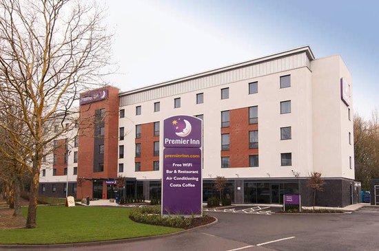 Premier Inn Warwick Hotel: Exterior