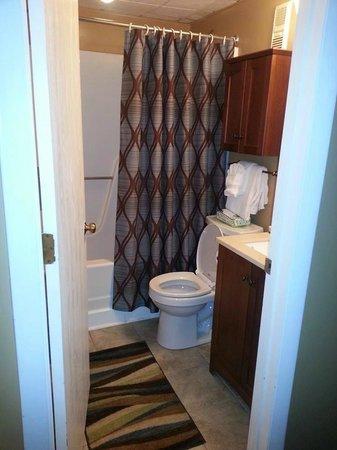 Mountain Green Resort : Full Bathroom