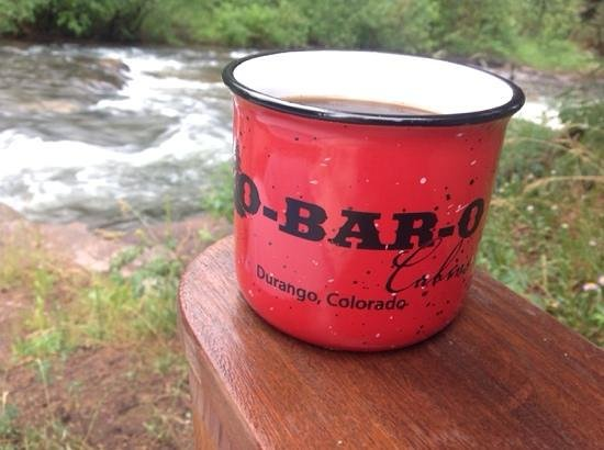 O-Bar-O Cabins : coffee at the river