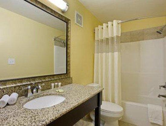 Montigo Inn : Bathroom