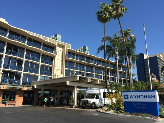 Front View Picture Of Wyndham San Diego Bayside San