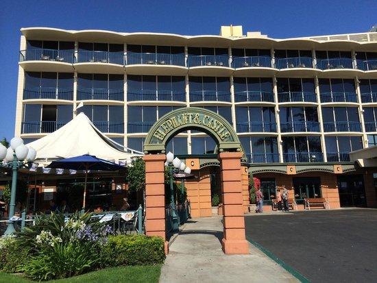 Wyndham San Diego Bayside : Restuarant